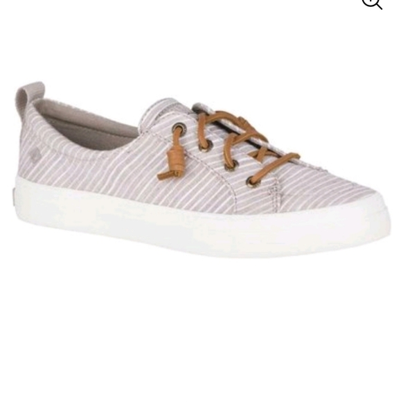 Sperry Top-sider boat shoes tan and white